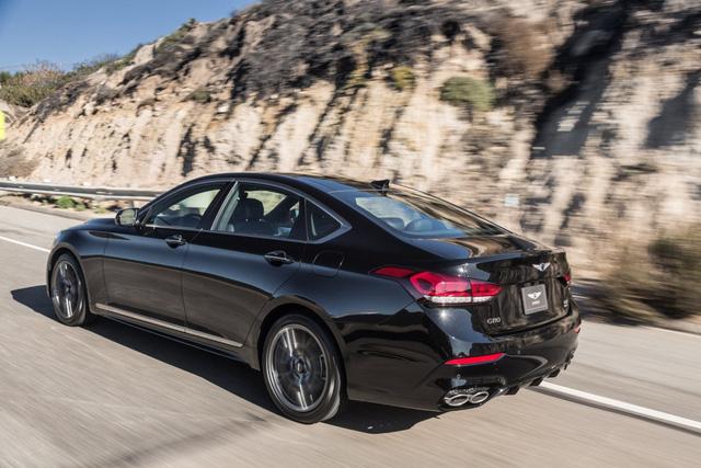 Hyundai chấp nhận thất bại của dòng xe Genesis tại Anh