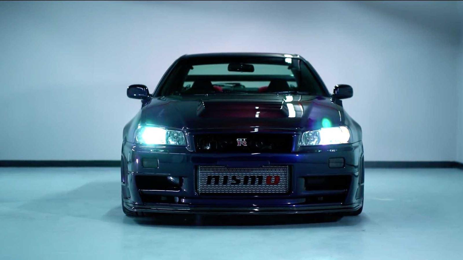 """Chiêm ngưỡng """"quái vật"""" Nissan GT-R R34 phiên bản màu hiếm, đắt nhất thế giới"""
