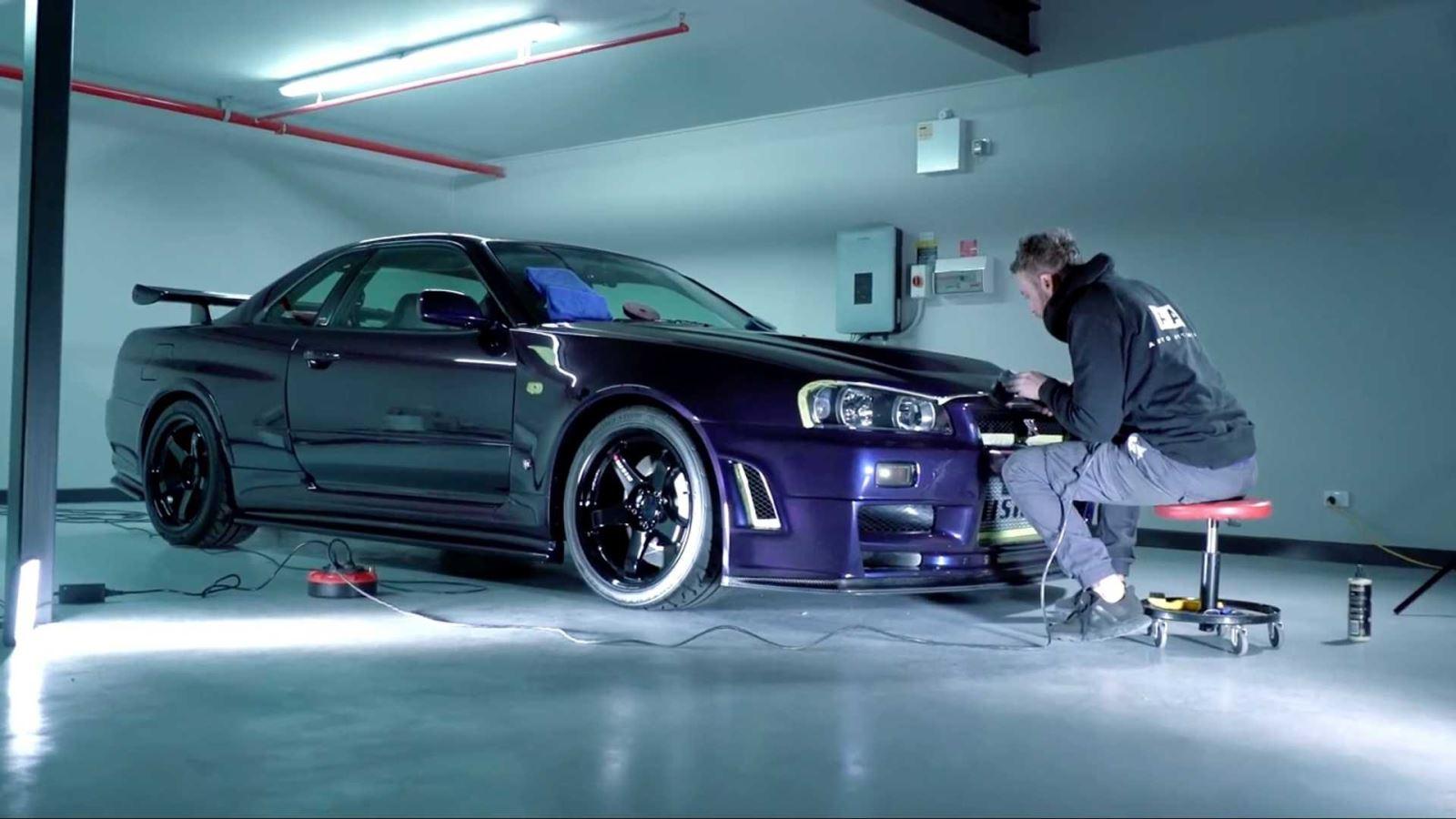 Video R34 Nissan GTR
