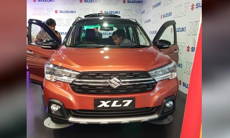 Suzuki XL7 mang phong cách thiết kế của Ertiga