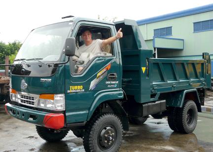 Công ty TNHH ô tô Chiến Thắng xuất khẩu ô tô sang thị trường Malaixia