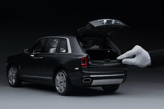 Rolls-Royce Cullinan có phiên bản mô hình với giá hơn 620 triệu đồng