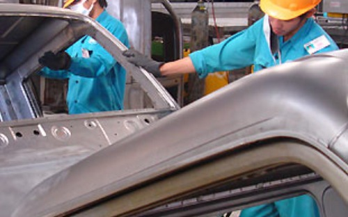 Đi tìm dòng xe chủ lực của ngành ô tô Việt Nam